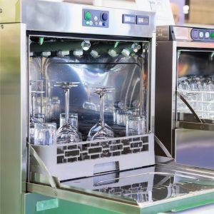 Eisbedarf-Spülmaschinen